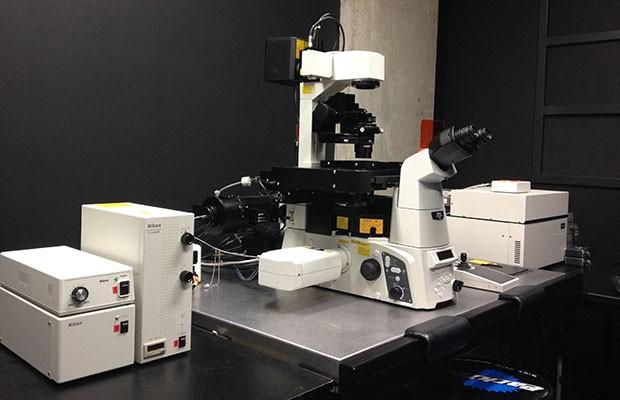 Tirf Near Field Fluorescent Microscopes