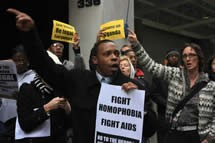 Protestors campaigning against homophobia (Danlev)