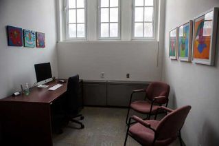 Research clinic: Individual consultation room