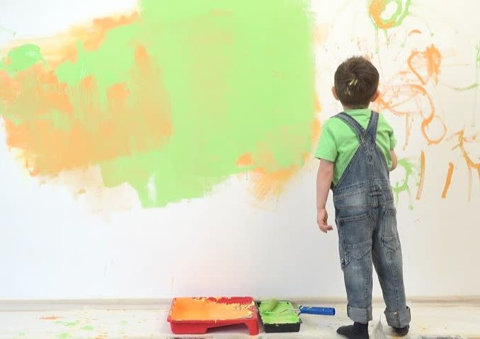 little-kid-painting-little-child-painting-the-wall-funny-boy-enjoying-to-decorate-the-pictures-about-kids-678x480