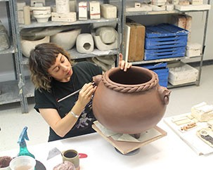 Winifred Shantz Award goes to ceramics faculty Lindsay Montgomery