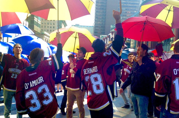 Centraide of Greater Montreal launched its annual fundraising campaign on October 2 with the annual March of 1,000 Umbrellas. Concordia's men's hockey team took part, as it does every year.