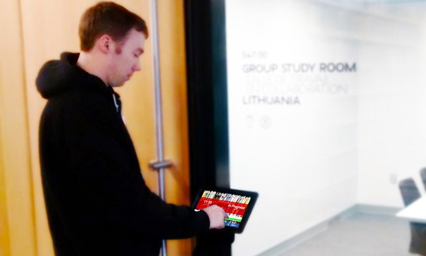 The touch-screen booking system is available outside of Room LB-547. | Photos by Concordia University