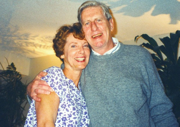 Bruce English (pictured with his wife Linda) taught finance on the Loyola Campus from 1968 to 1994.