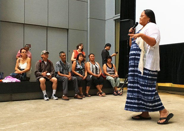 Nina Segalowitz (BA 99) performing at Tillutarniit, an outdoor Inuit film and cultural festival hosted at Concordia's FOFA Gallery in August 2017.