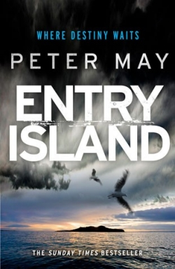 holiday-reads-entry-island-310