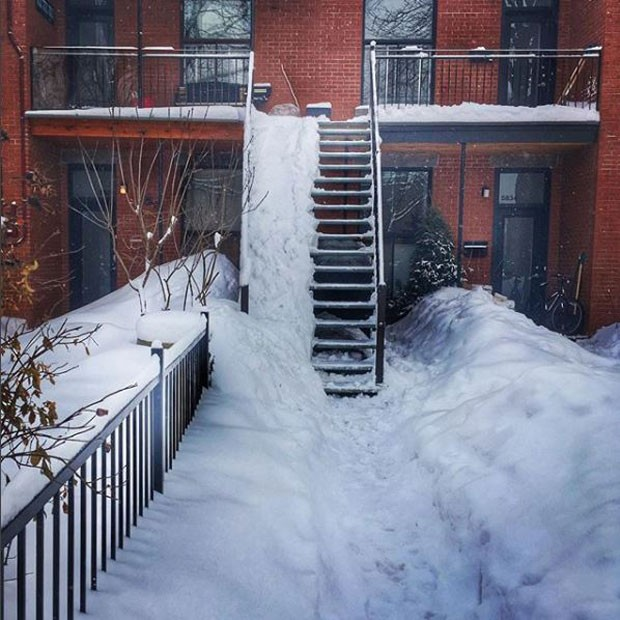 winter_stairs_620