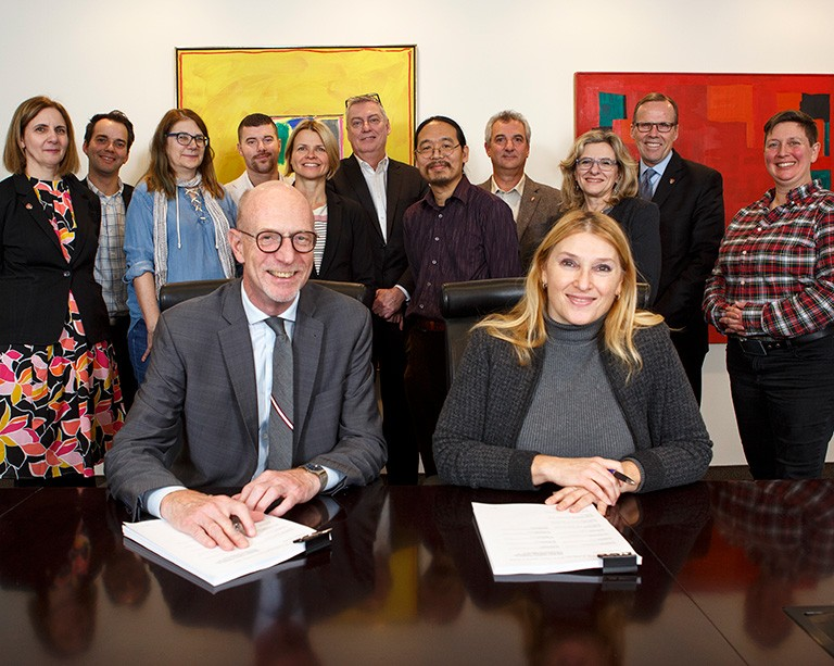 Concordia and the professional employee union sign collective agreement