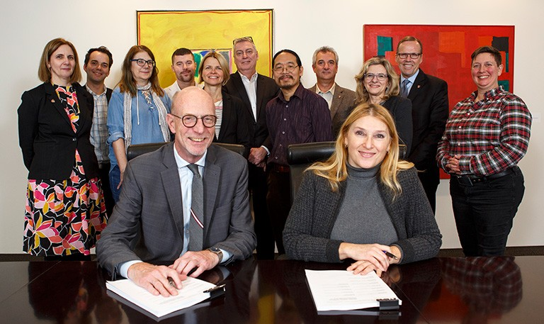 20191112-CUPEU-Collective-Agreement-Signing-003-768