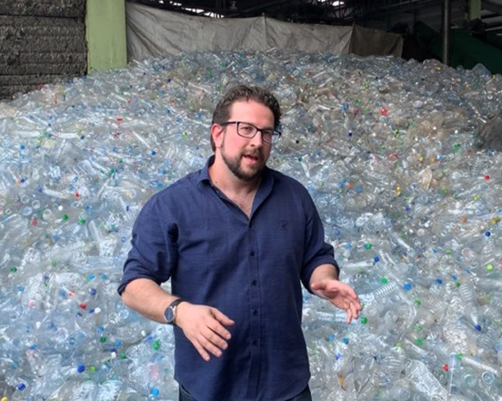 Meet the grad who keeps plastic out of our oceans