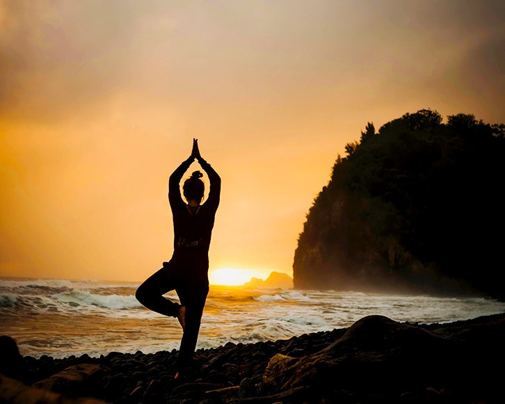 Yoga practice to a better health and mind