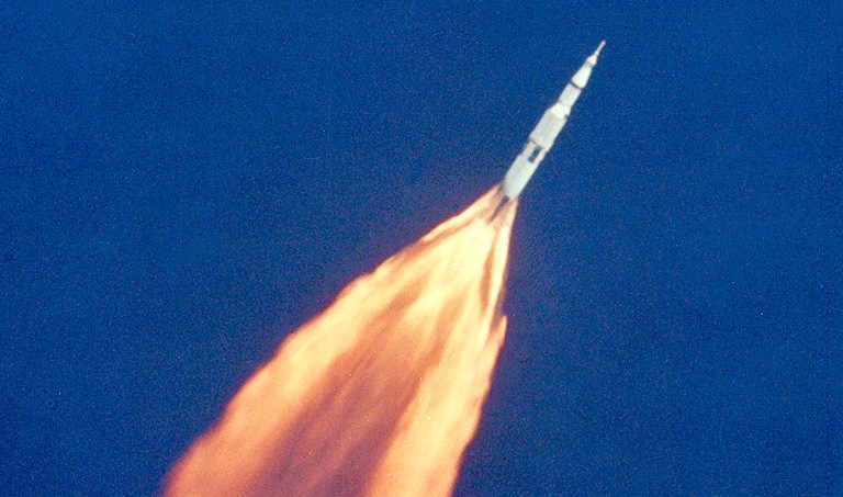 Apollo_11_Launch_rocket-768
