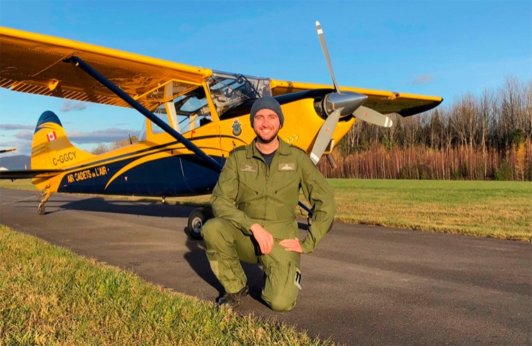 Researcher and commercial pilot applies psychology to flight