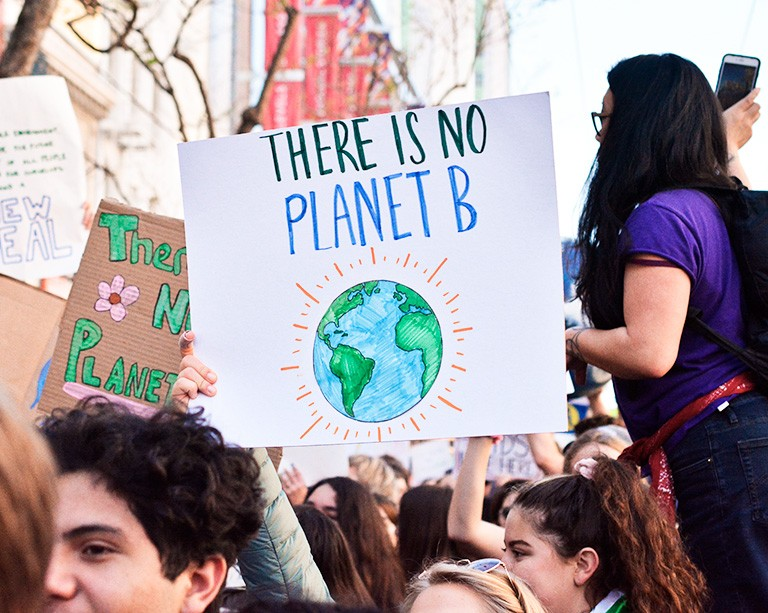 10 Quebec universities unite to declare a climate emergency